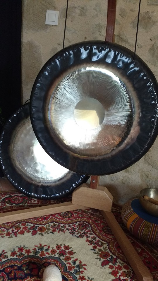 Bain de gong à la yourte Boutinet